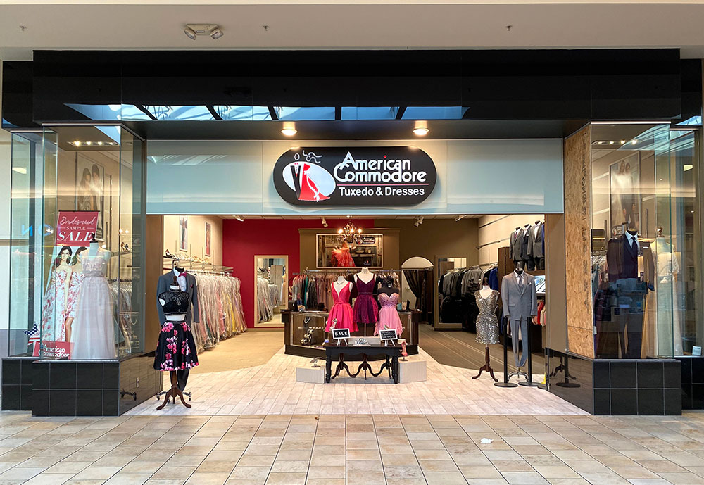 American Commodore Tuxedo storefront in our Summit Mall location