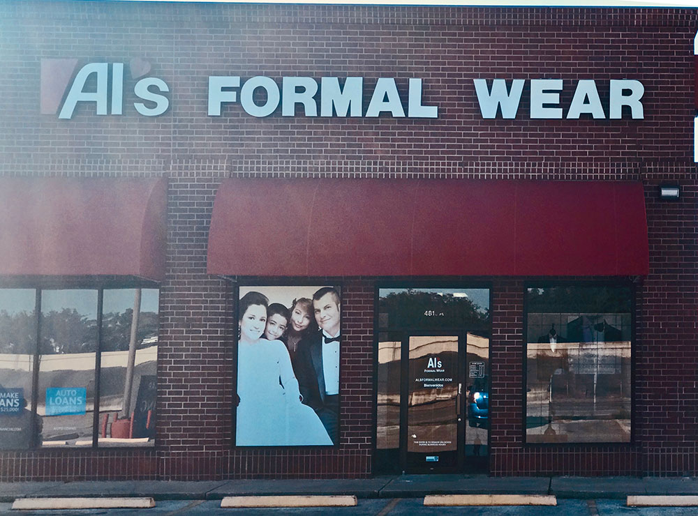 Al's Formal Wear storefront in our Baytown location