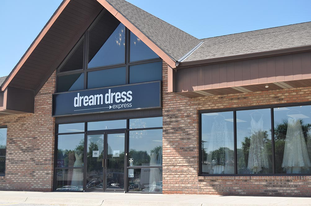 Dream Dress Express storefront in our Normal Blvd location
